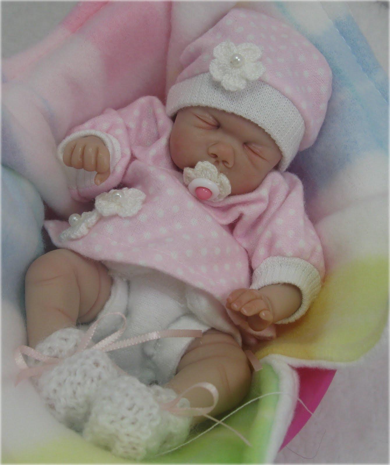 Tiny babe