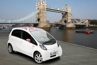 Mitsubishi i-Miev by Tower Bridge