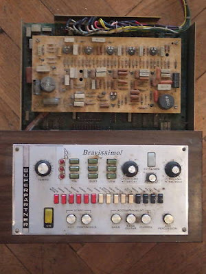 d r u m a c h i n e b o y drum machine from old farfisa organ for sale. Black Bedroom Furniture Sets. Home Design Ideas