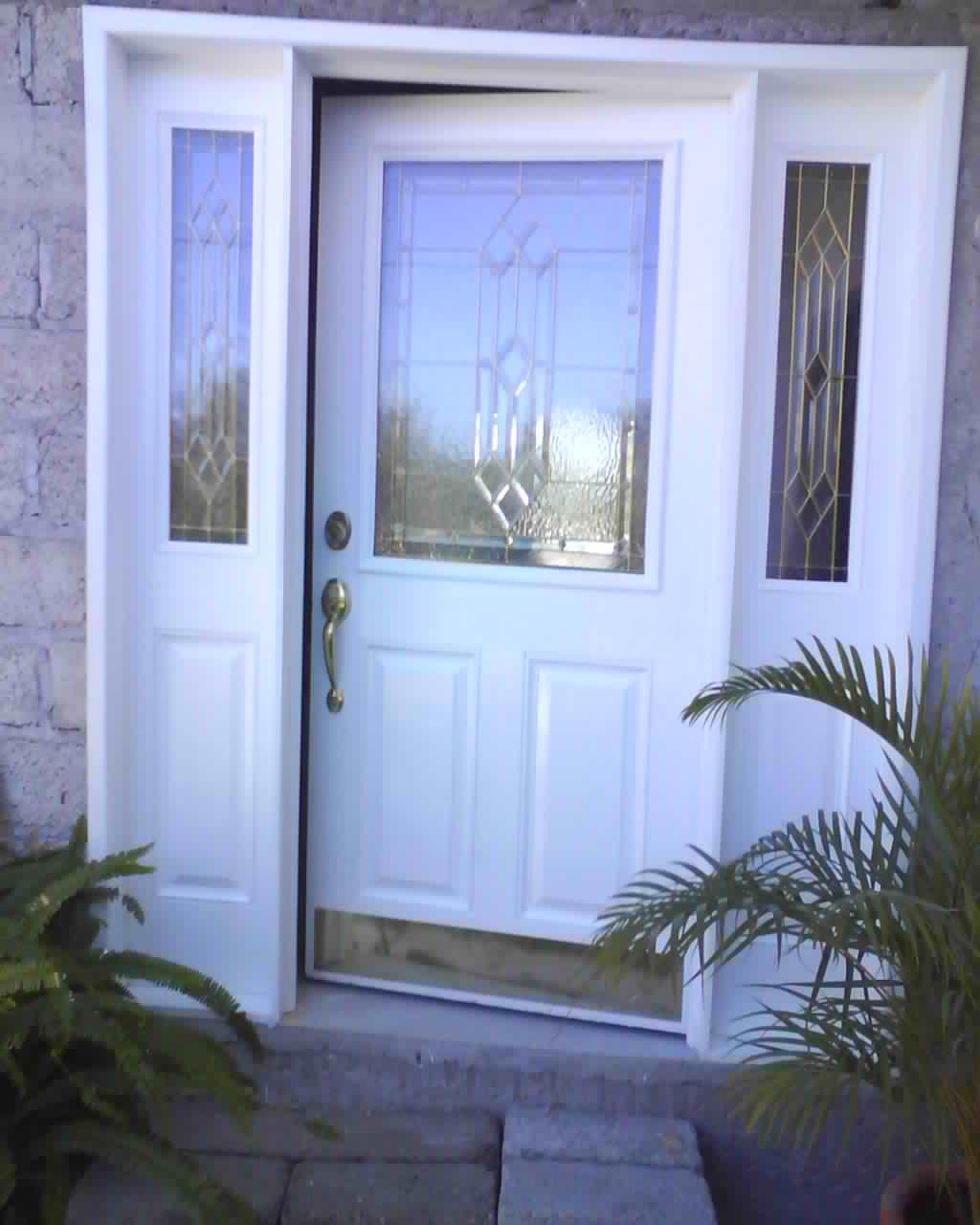 Carpinteria salas for Puertas madera entrada principal