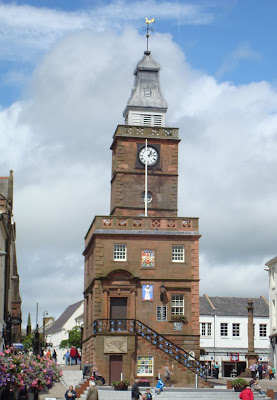 Leaning building in Dumfries town centre