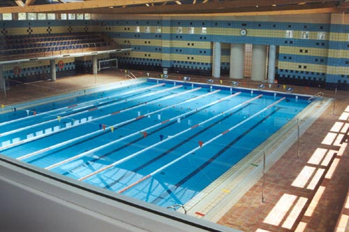 piscina image