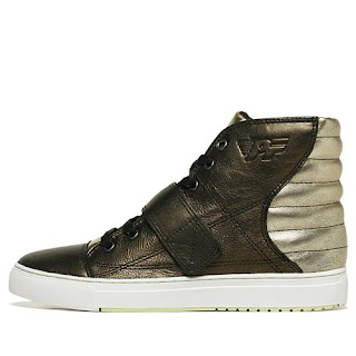 Buy name brand sneakers, shoes, and boots online