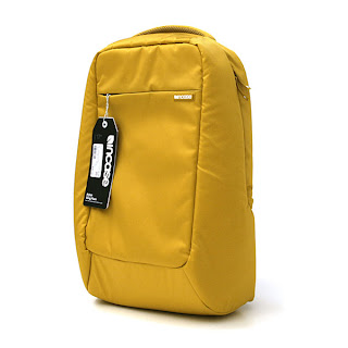 Incase Nylon Compact Sling Pack 17in Mustard