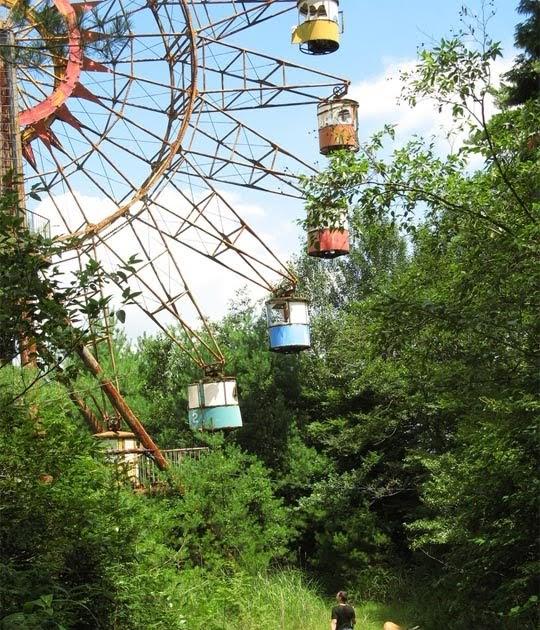 Amazingthing: Abandoned Amusement Parks In Asia