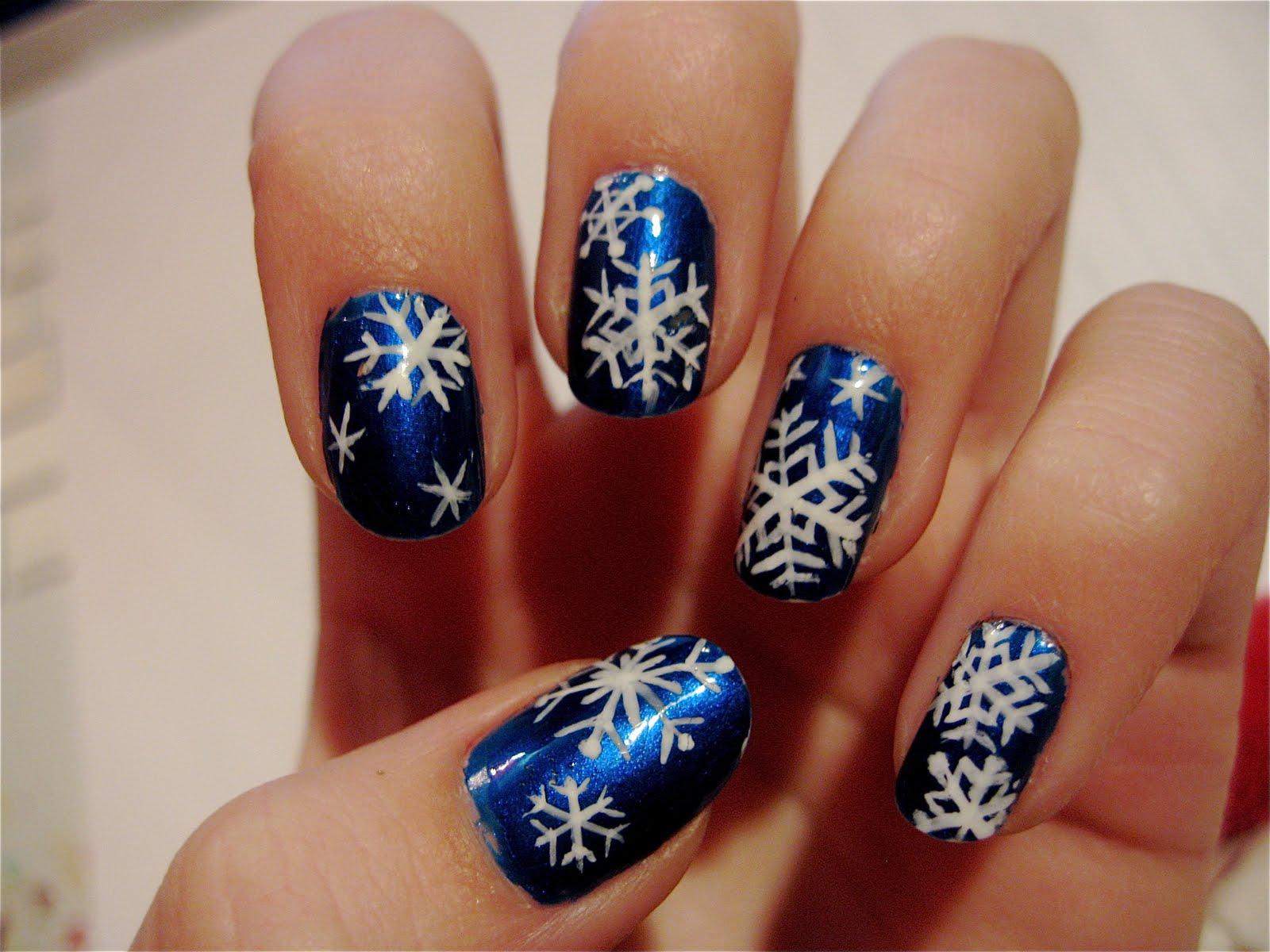 the nailtress christmas nail art d. Black Bedroom Furniture Sets. Home Design Ideas
