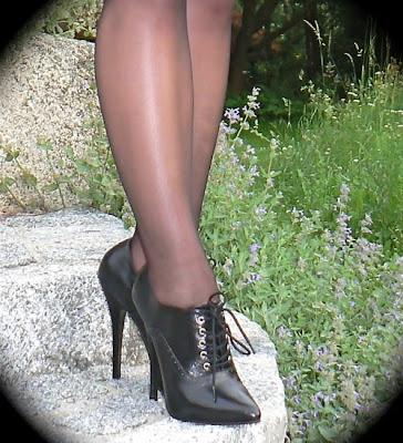 high heels and stockings blog black oxford high heels