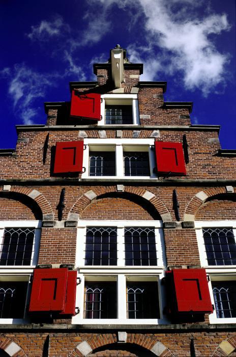 [amsterdam-windows-randall-paar.jpg]