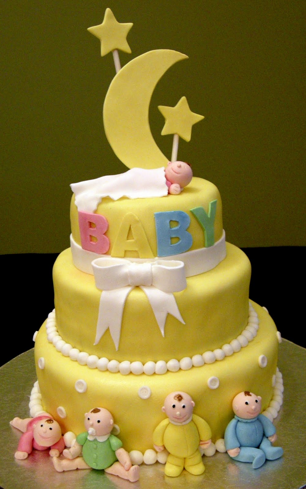 Harshi S Cakes Amp Bakes Over The Moon With Joy 3 Tier