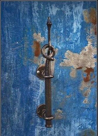 [unusual-door-handles-28.jpg]
