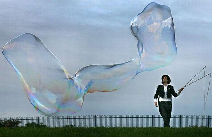 giant soap bubbles