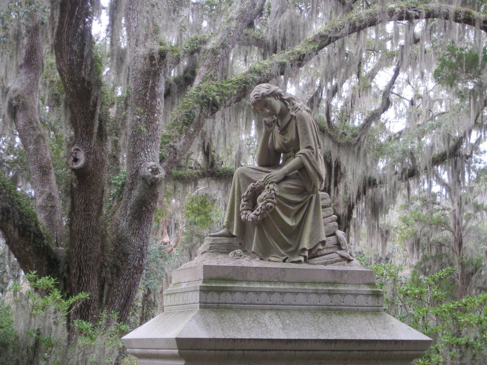 Susan S Adventures Bonaventure Cemetery In Savannah Georgia