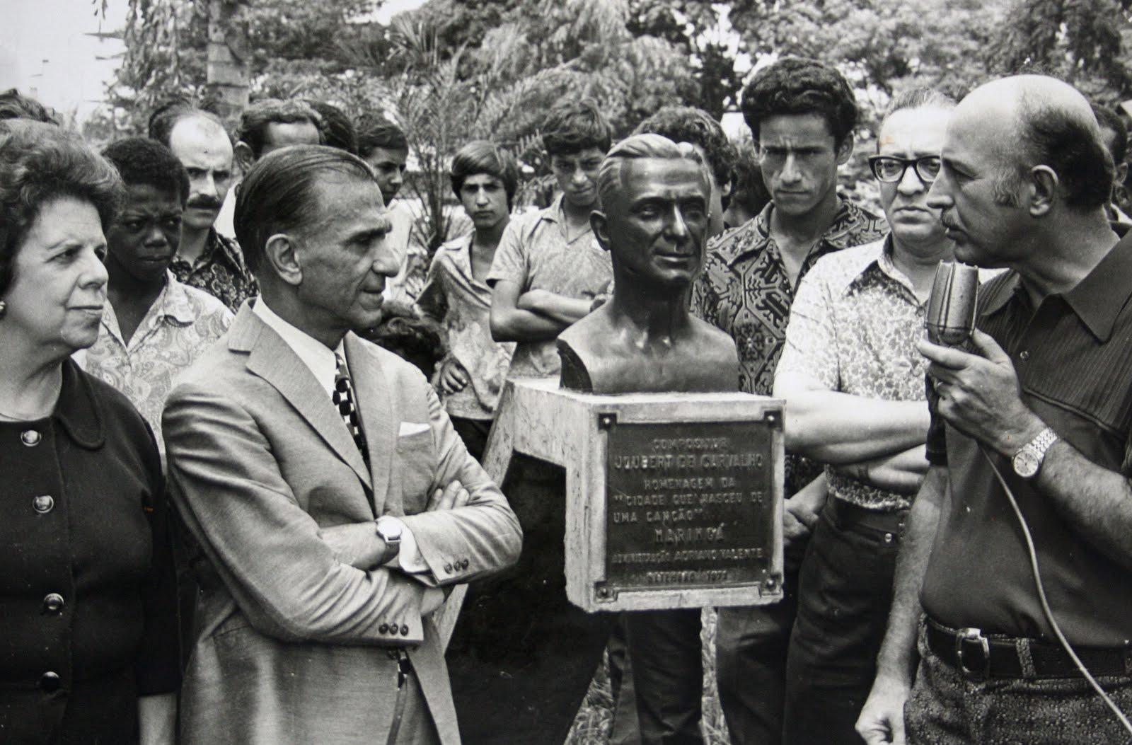 Maringá Histórica: Inauguração do Busto de Joubert de Carvalho - 1972