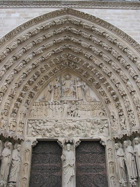 Pórtico central de Notre Dame de Paris