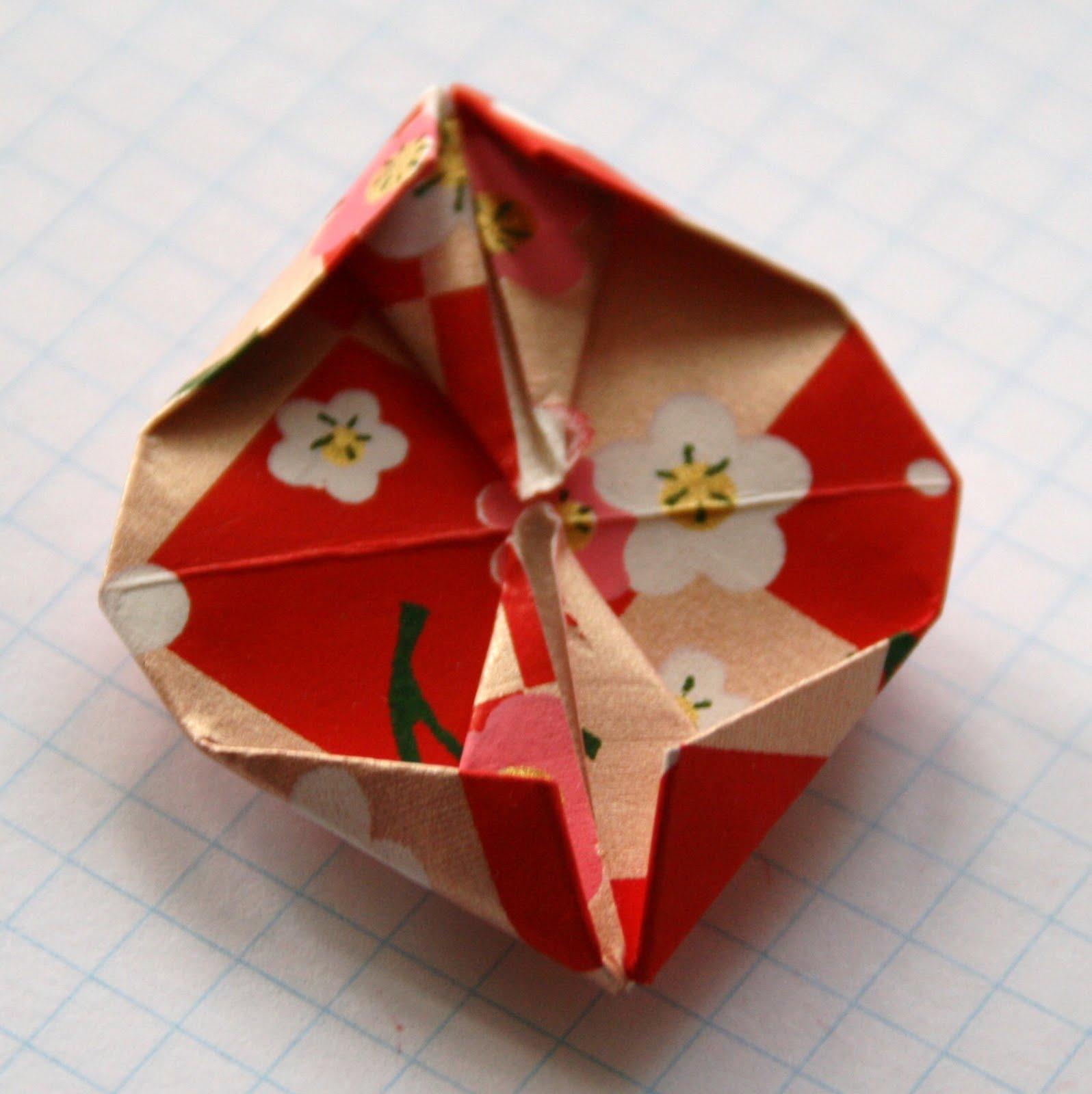 vervlogendagentutorials: Origami Valentine Garland Tutorial - photo#43