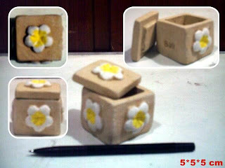 souvenir tempat perhiasan bentuk kotak motif bunga
