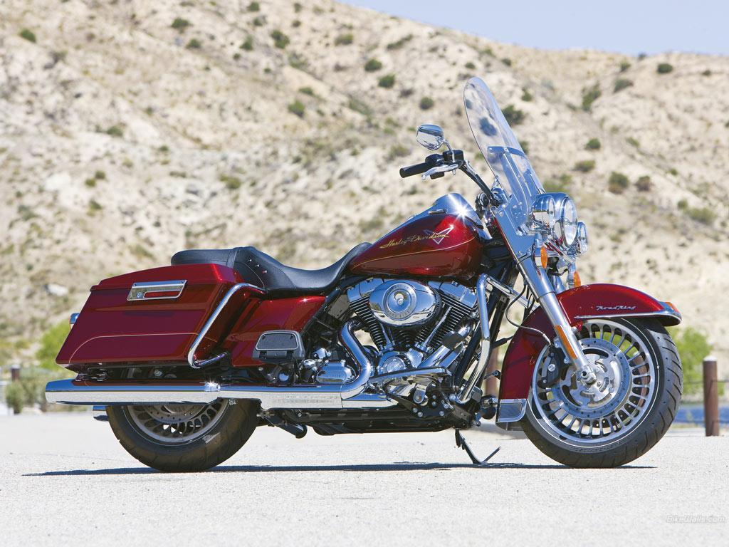 Harley Davidson Road King Wallpaper