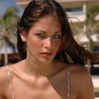 Miss Universe 2008 Dayana Mendoza wants a date with