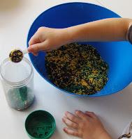 How to dye rice for sensory bins
