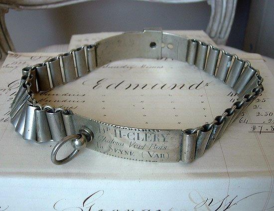http://3.bp.blogspot.com/_JDMiXQYrpTU/SKY_XVOBBTI/AAAAAAAABX8/jFe8pkPasj4/s1600/collar.jpg