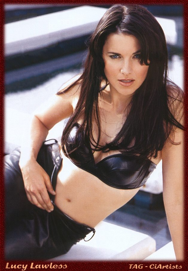 Beautiful Swimsuit Models Lucy Lawless In All Black Lingerie