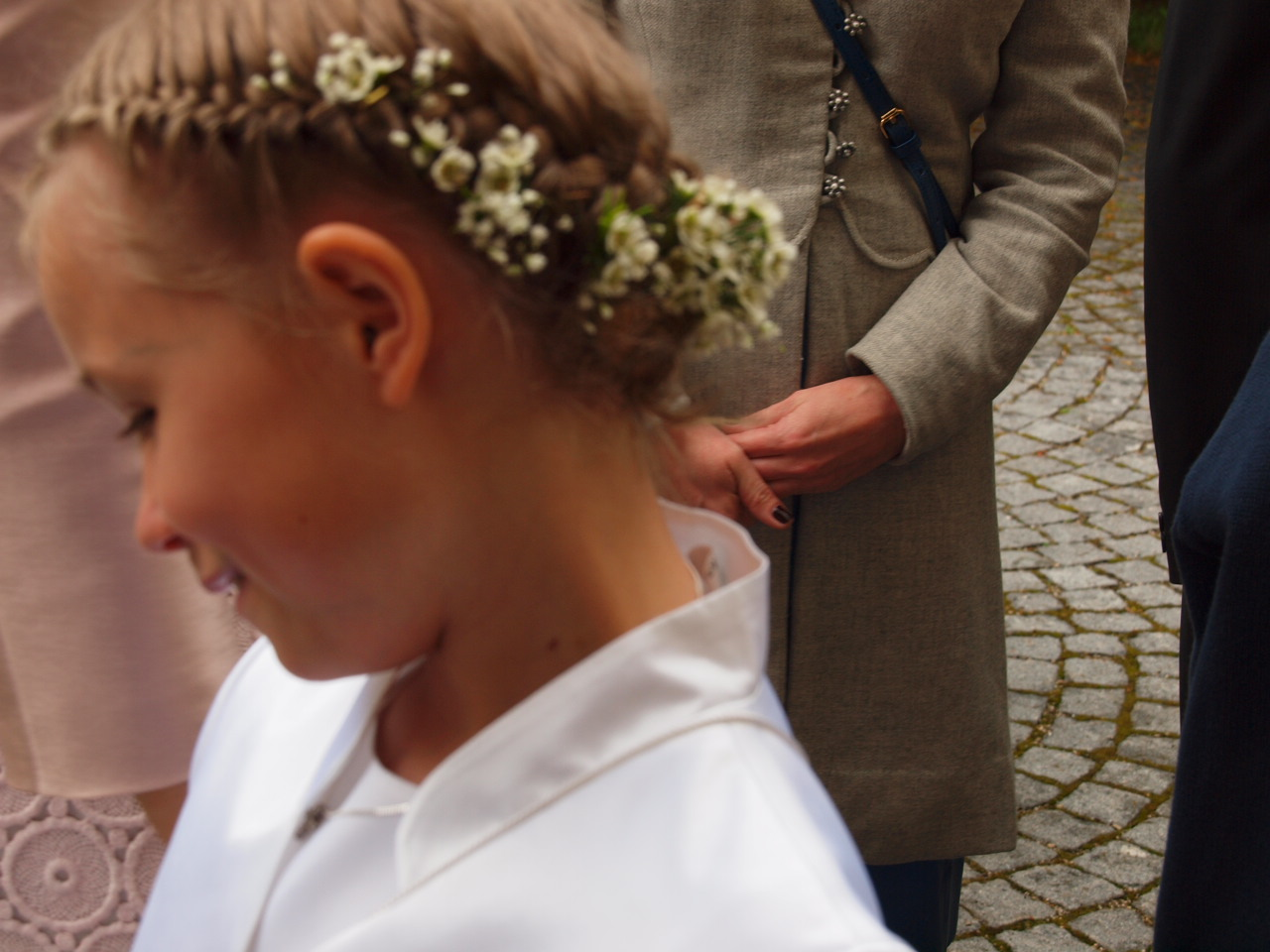 Frisuren Erstkommunion Haare Wachsen Schneller