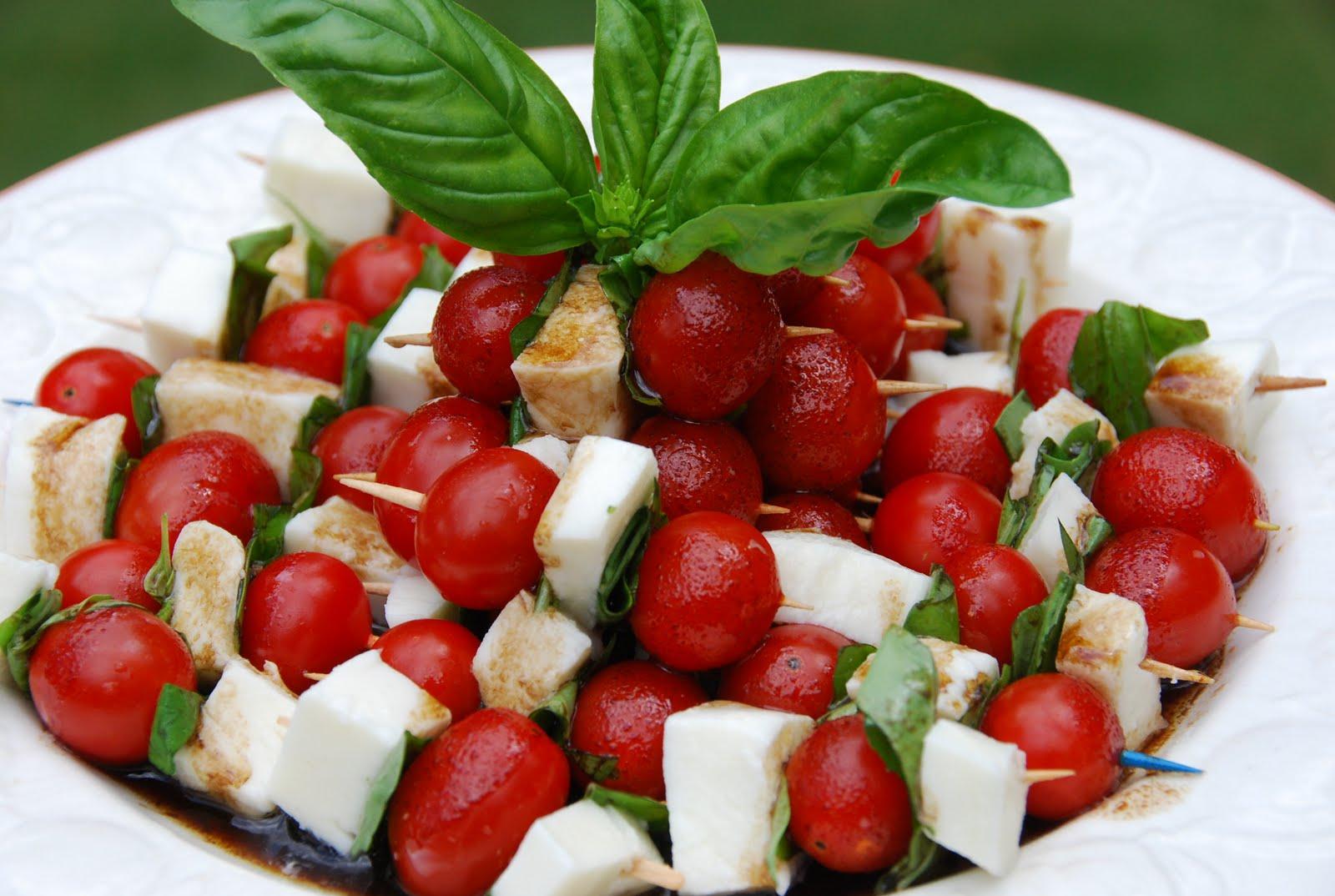 Chickenville: Summer Fresh Caprese Salad Appetizer