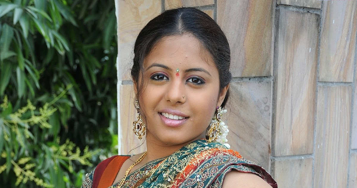 Sunakshi High Resolution23 « Latest Actress Style And Look