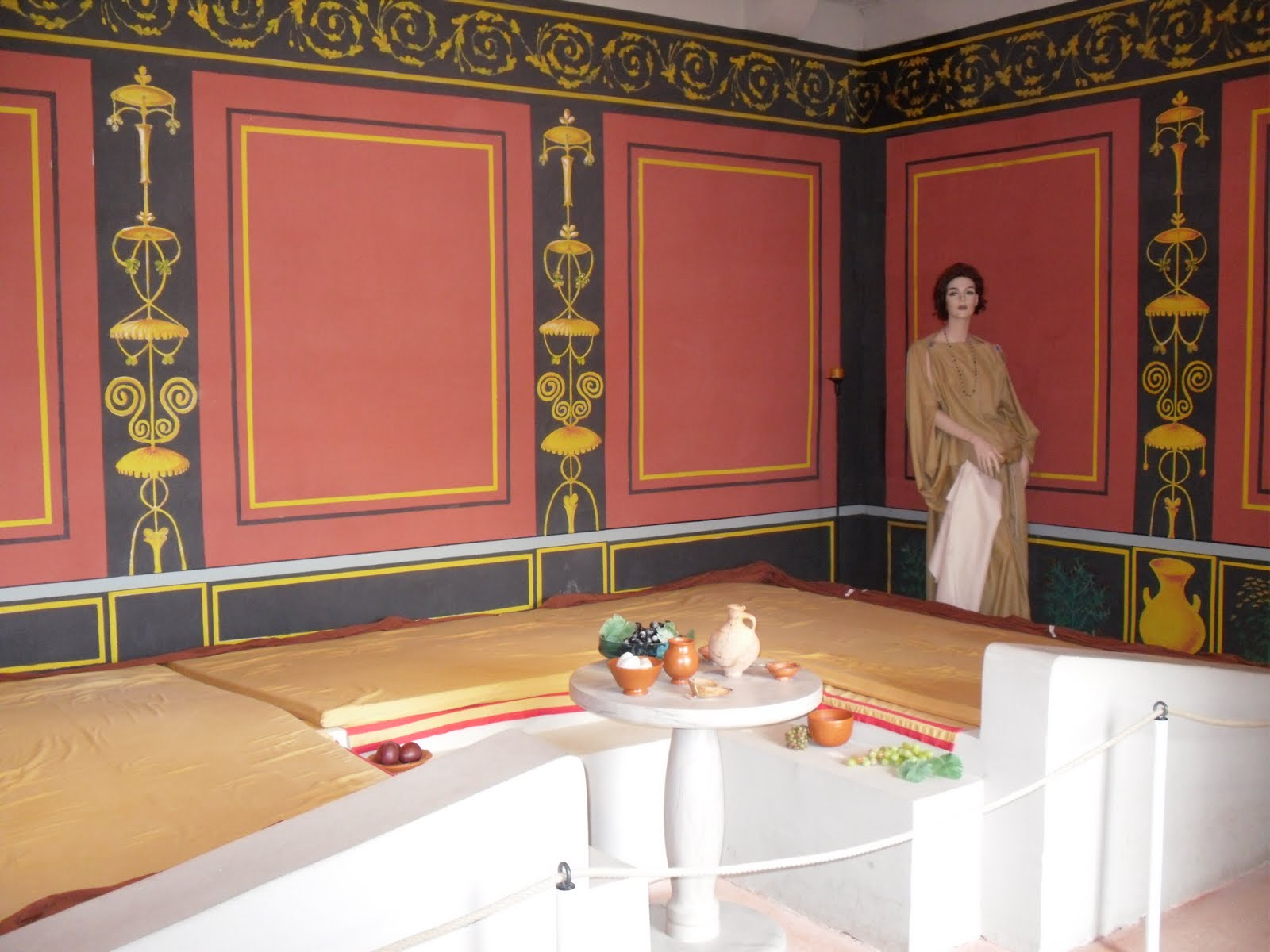 roman dining room | Culinary Adventures in Europe: Roman Open-Air Museum ...