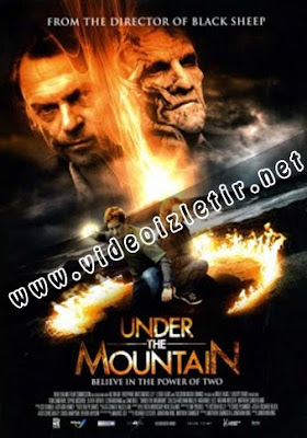 Under the Mountain Film izle