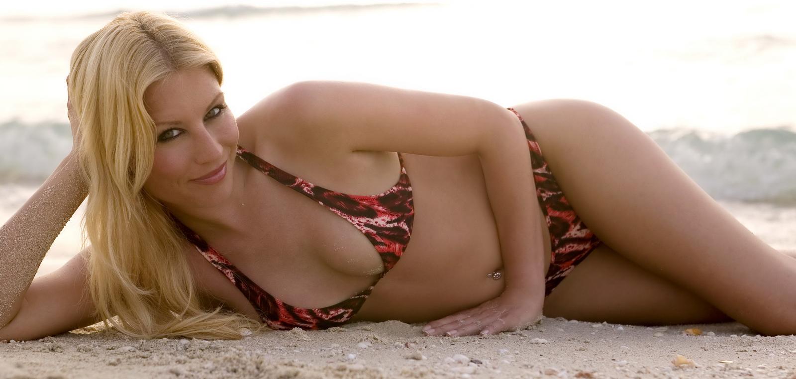 Rainy Sweet Denise Van Outen Sexy Bikini Hot Ass Wahb -9698
