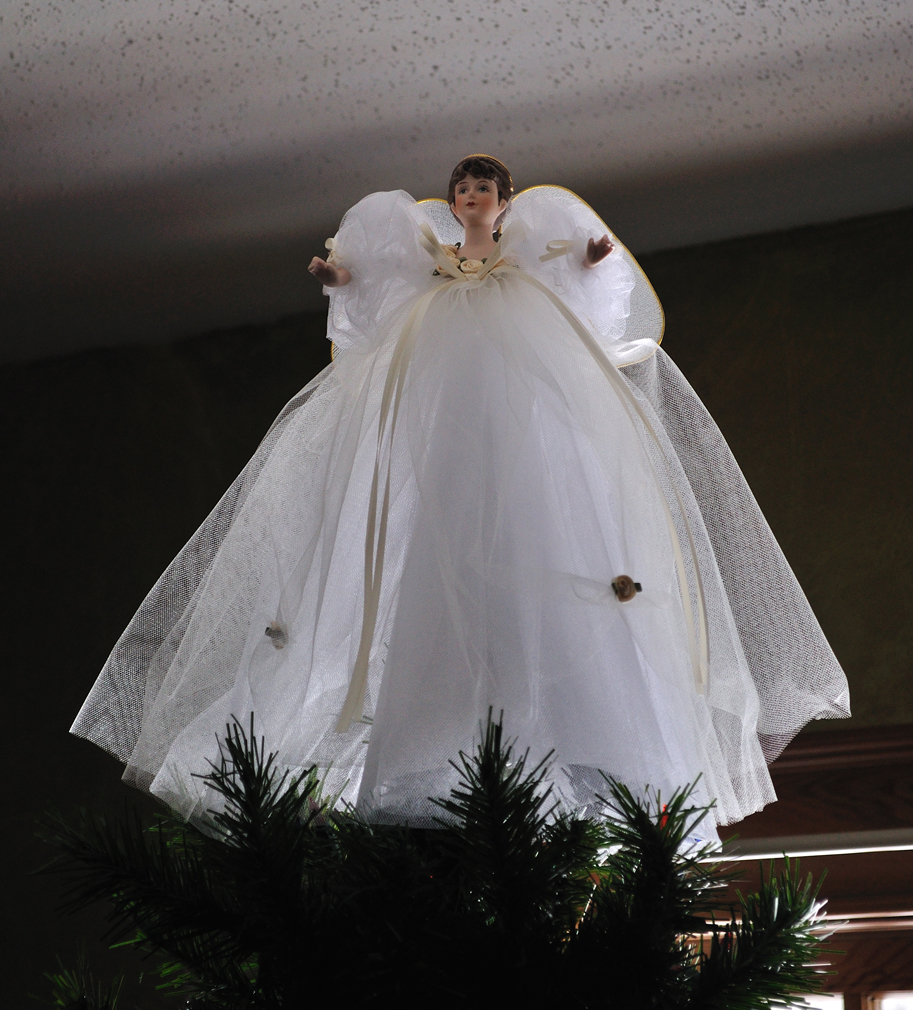 Uncategorized How To Make A Christmas Angel crafty sahm i am tree top angels this is the current angel topper that made in 1998 porcelain head hands and organza wings were a kit along with instructions on how to make her
