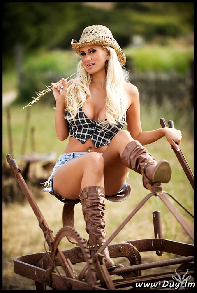 Sexy country girl