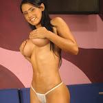 Andrea Rincon, Selena Spice Galeria 1 : Traje Oriental Rojo Foto 202