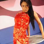 Andrea Rincon, Selena Spice Galeria 1 : Traje Oriental Rojo Foto 23