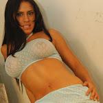 Andrea Rincon, Selena Spice Galeria 4 : Pantalon Azul y Top Transparente Foto 37
