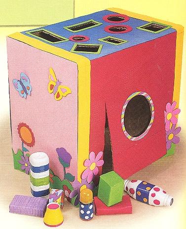http://docemagiaemensinar.blogspot.com.br/2010/02/brinquedos-com-sucatas-e-brincadeiras.html