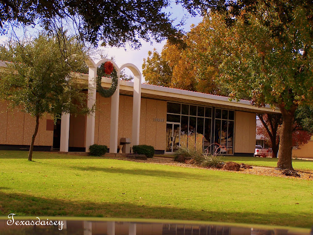 Downtown Seymour Texas Public Library