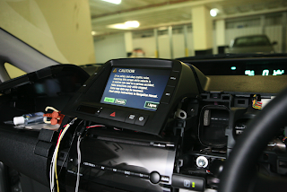 Damn Technology: Converting a non navigation 2006 Prius with an OEM