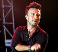 Tarkan on stage at the Bilgi Fest © Alison Haney