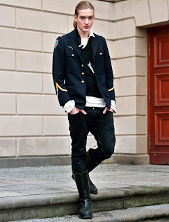 ANDROGYNOUS †: Street Style.