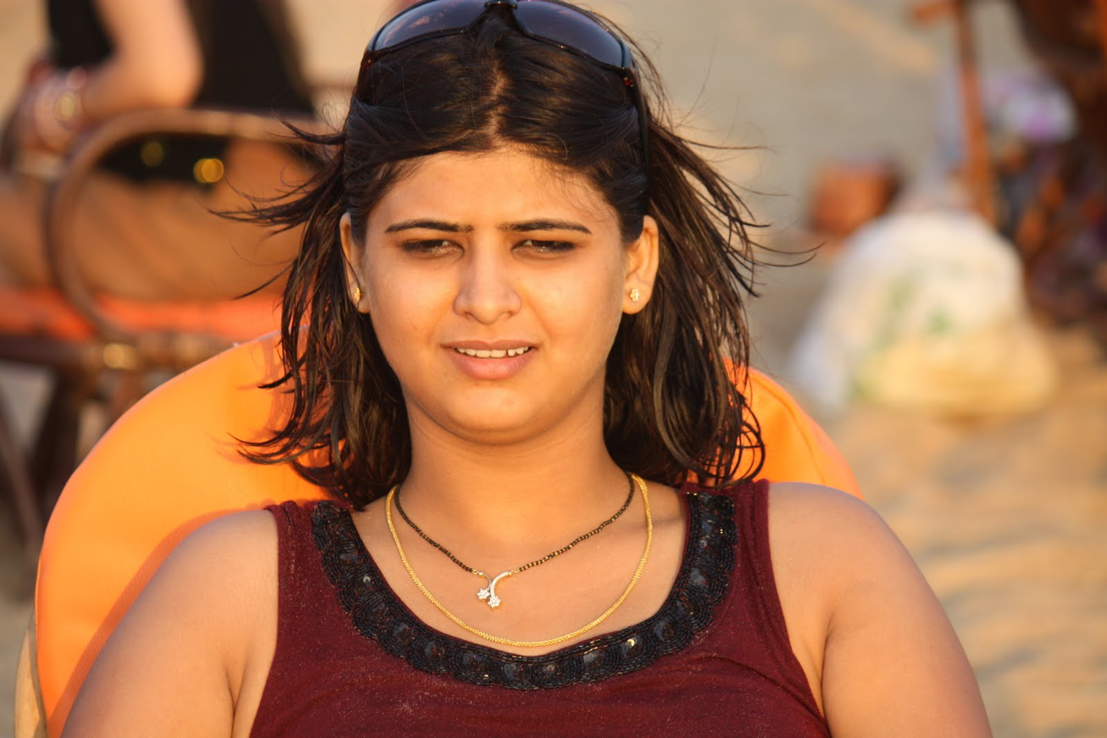 Hot Indian Girl Pictures At Goa Beach-7738
