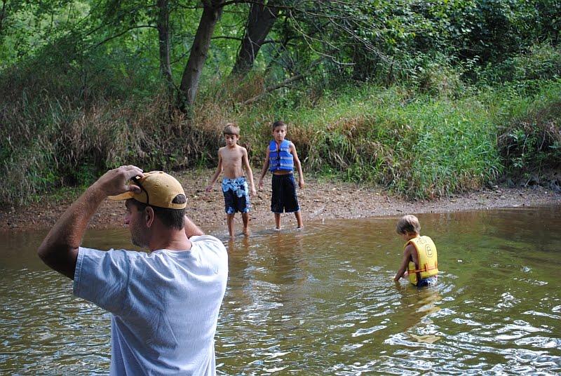 boy swimming river - photo #40
