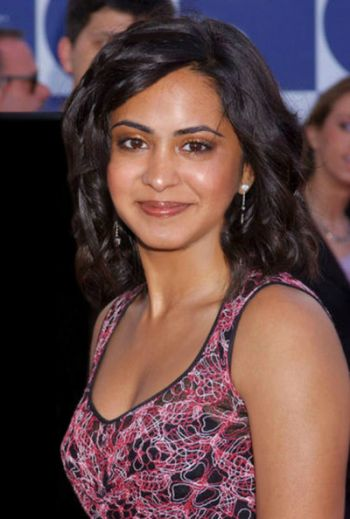 Parminder Nagra Sexy Photos