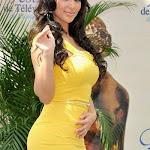 Hot Kim Sharma Gorgeous In Yellow