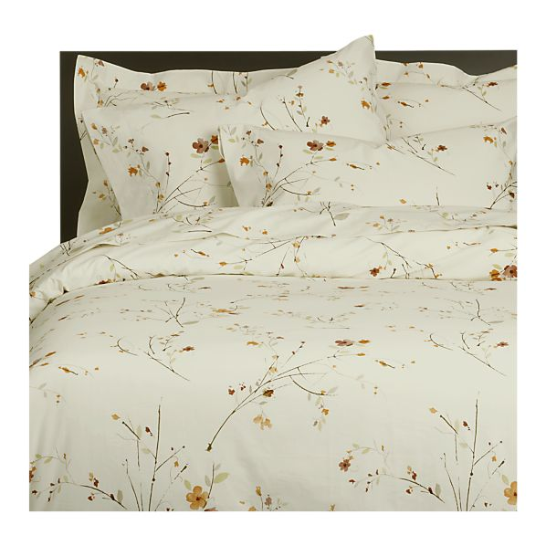 Favorite Beautiful Abodes: Brighten Up With Bed Sheets CN79