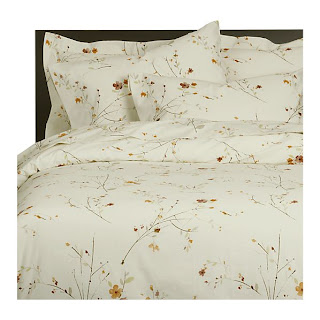 Beautiful Abodes Brighten Up With Bed Sheets