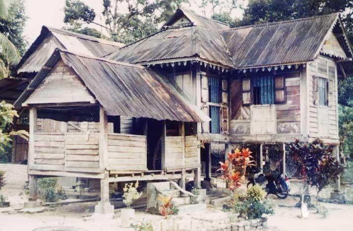 Sungai Sedim Jeram Terbaik Malaysia Rumah Lindungan Raja