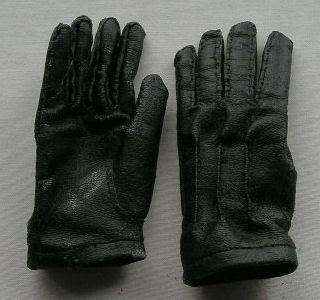 人形の手袋