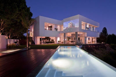 Modern Luxury House Design In La For The Mega Rich